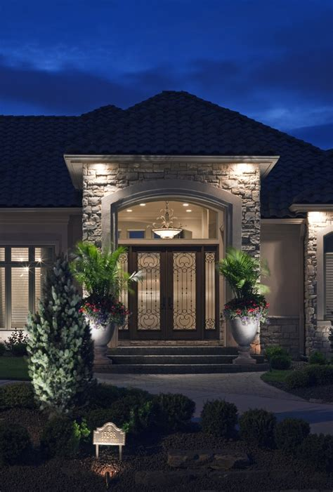 residential outdoor lighting 137 best residential landscape lighting images on