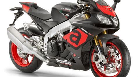 Review Aprilia Rsv4 Rr by 2018 Aprilia Rsv4 Rr Review Total Motorcycle