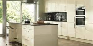 Walnut Kitchen Island Kitchens Fitted In St Ives Cambridgeshire