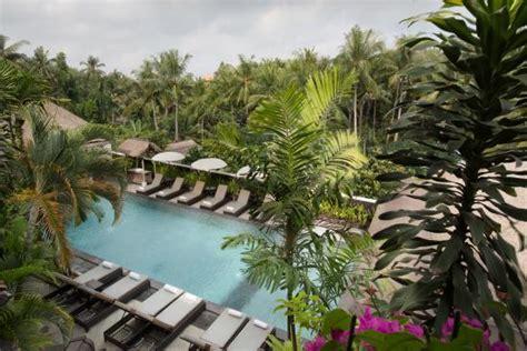 Ubud Village Hotel  ($̶1̶4̶1̶)