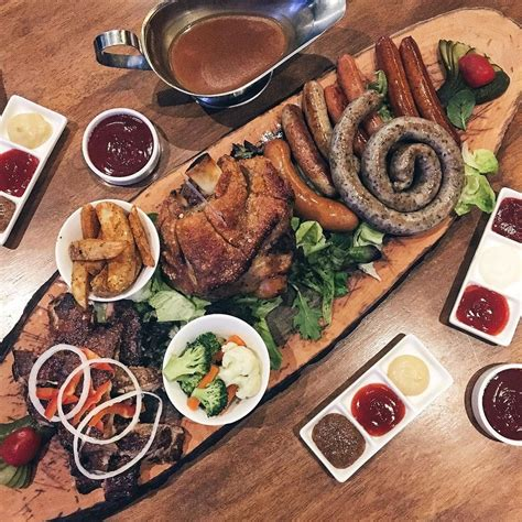 giant meat platters   proclaimed carnivores    person eatbooksg