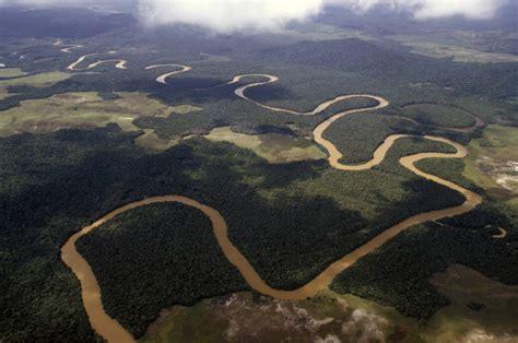 warum ueber den amazonas keine bruecke fuehrt travelbook