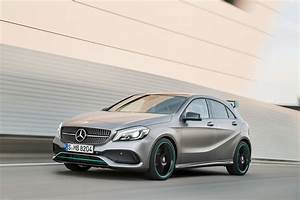 Mercedes Benz Classe A Amg : mercedes a45 amg muscles up to 381bhp in 2016 a class facelift by car magazine ~ Medecine-chirurgie-esthetiques.com Avis de Voitures