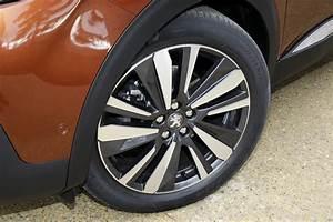 Peugeot 3008 Prix Neuf Essence : essai du nouveau peugeot 3008 essence ou diesel lequel choisir photo 20 l 39 argus ~ Medecine-chirurgie-esthetiques.com Avis de Voitures