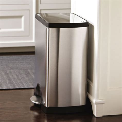 poubelle cuisine pedale poubelle de cuisine à pédale 30 litres inox brossé rectangulaire sans sac poubelle