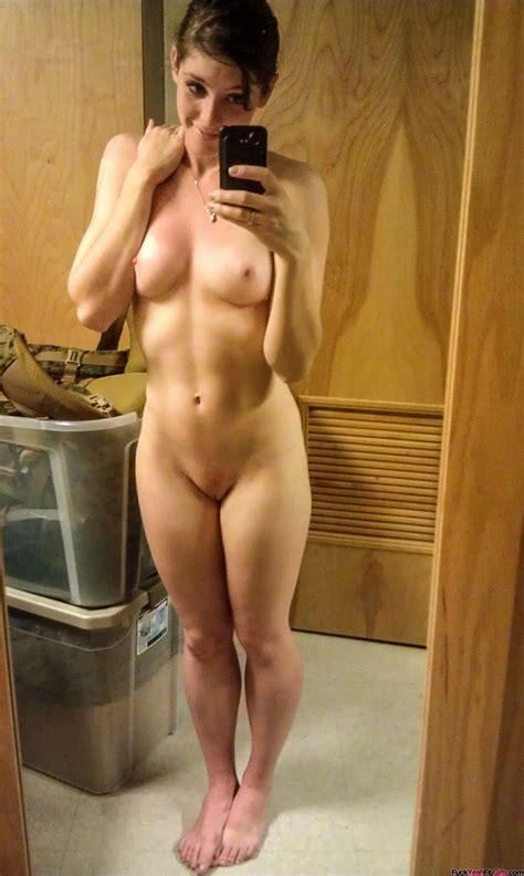 Cute Fit Babe Nude Selfie Naked Selfie Nude Selfies