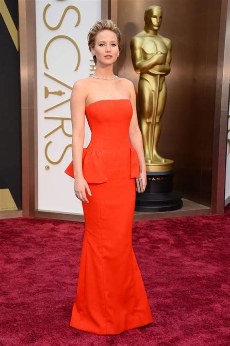 See It Jennifer Lawrence Trips At Oscars Again Ny