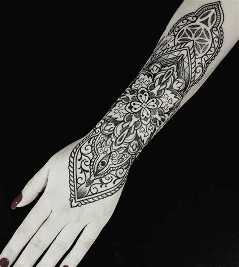 Tatouage Manchette Mandala Tatouage Bras Mod 232 Les En Tout Genre Tattoome Le Meilleur Du Tatouage