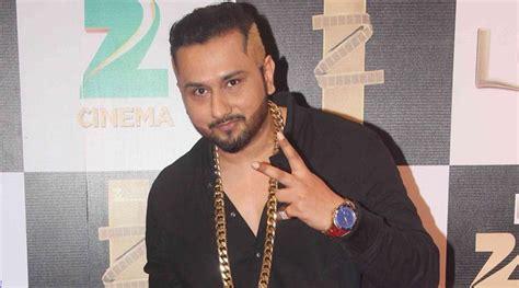 Yo Yo Honey Singh Keeps Suspense On His Absence Alive