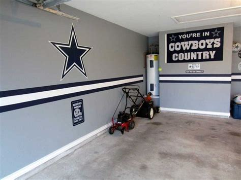 Dallas Cowboys Room Paint Ideas by Do Something Like This In A Nascar Theme For The Garage