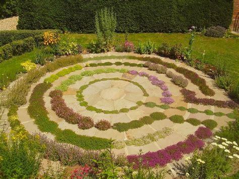 garden labyrinth plans using the labyrinth as a spiritual tool moonlight muse mediamoonlight muse media