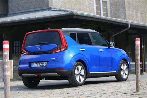 kia soul review  parkers