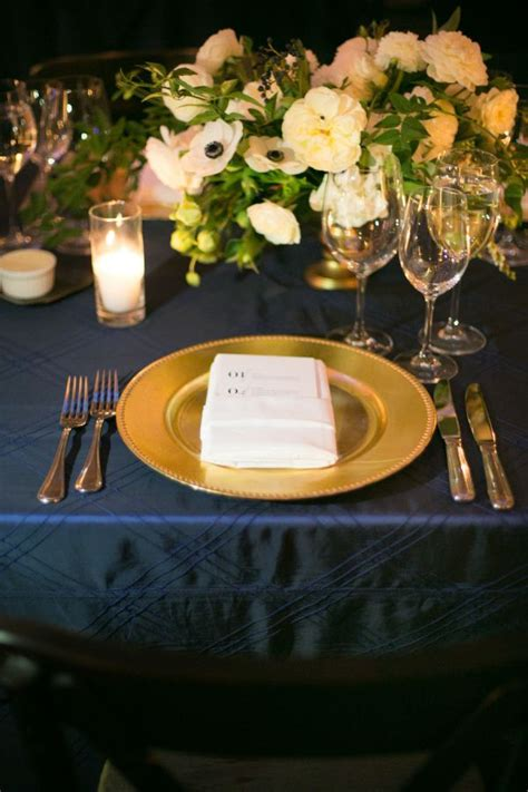 table centerpieces using photos 1000 images about plate charger for weddings on pinterest