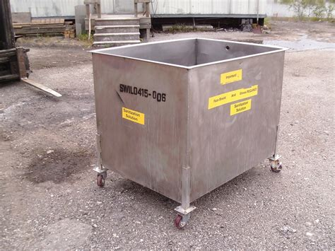 approximately  gallon stainless steel rectangular tank
