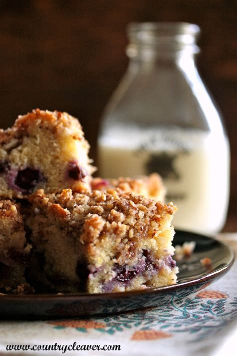 Perfect for your morning coffee and brunches with friends. Blueberry Pecan Crumble Coffee Cake - Country Cleaver