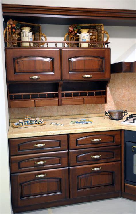mensole cucina mensole per cucine rustiche fo26 187 regardsdefemmes