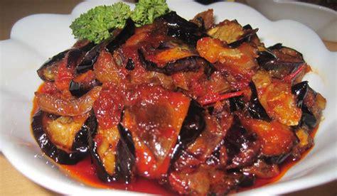 Sambal tomat ini tentu merupakan sambel yang berbahan dasar buah tomat dan bisa dipadukan dengan masakan yang diolah dengan cara di goreng, misalnya tempe, tahu, ayam goreng dll. RESEP SAMBAL GORENG TERONG ENAK PRAKTIS