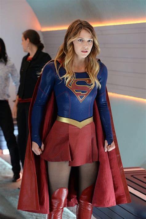 hottest woman  melissa benoist supergirl