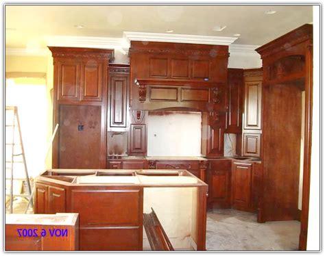 trim around kitchen cabinets kitchen cabinets crown molding ideas home design ideas