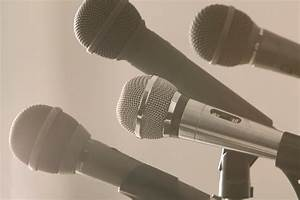 Wireless Microphone System Buying Guide And Something You