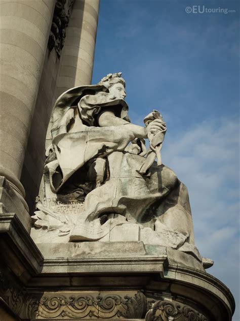 La France Contemporaine statue on Pont Alexandre III ...