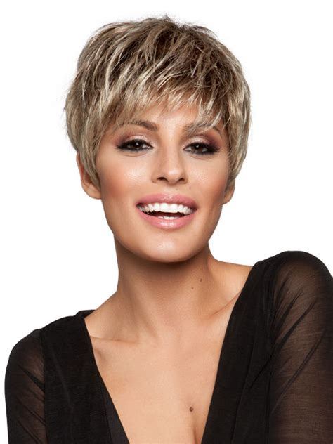 12 simple short female haircuts olixe style magazine