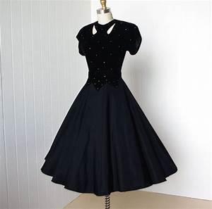 vintage 1940's dress ...classic hollywood glam velvet and