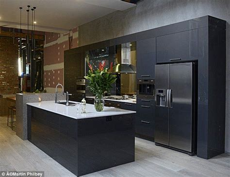 the block kitchen designs the block 2014 the get top marks in kitchen reveal 6046