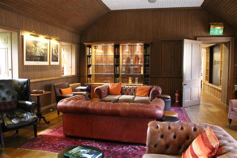 Whisky Zimmer Einrichten by Der Cave Die Ultimative M 228 Nnerh 246 Hle Einrichten 187 Auf