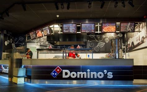 dominos pizza opent ste vestiging de nationale franchise gids voor franchising de