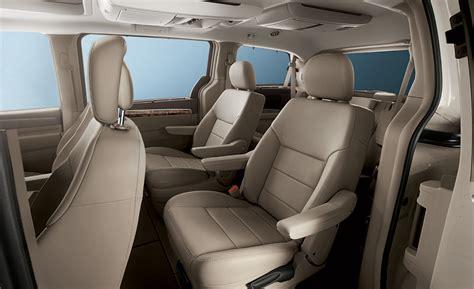 volkswagen van interior 2011 volkswagen routan minivan gets 283 hp other updates