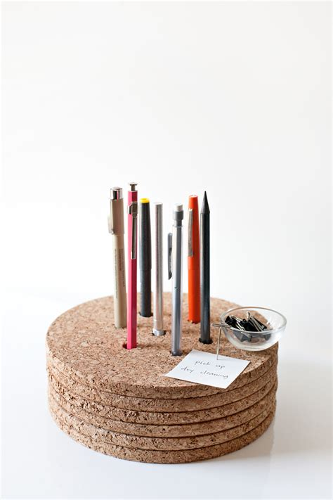 Desk Pencil Holder by Cool Desk Accessories That Bring Into The Office