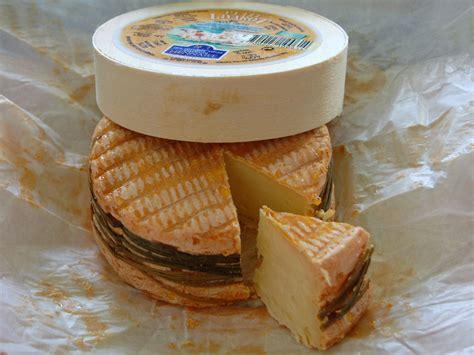 pate molle a croute lavee vins et fromages cuisine pour jeunes cadres dynamiques