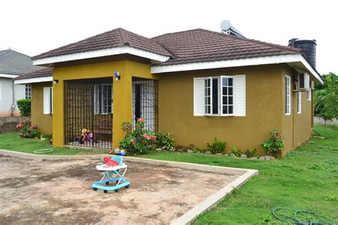 3 Bedroom House In by 3 Bedroom 2 Bathroom House For Sale In St Catherine