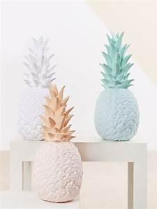 Objet Deco Ananas : lampes d co en forme d 39 ananas couleur pastel id es d co int rieur objet fruit ~ Teatrodelosmanantiales.com Idées de Décoration