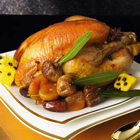 cuisiner une poularde poularde au miel d épices et ses fruits d hiver une