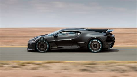 Its successor, the chiron, upped the handling abilities significantly, but apparently, bugatti thought there was room to grow on this front. First $5.8M Bugatti Divo Will Be Delivered This Year Because for Some the Economy Is Never 'Bad'