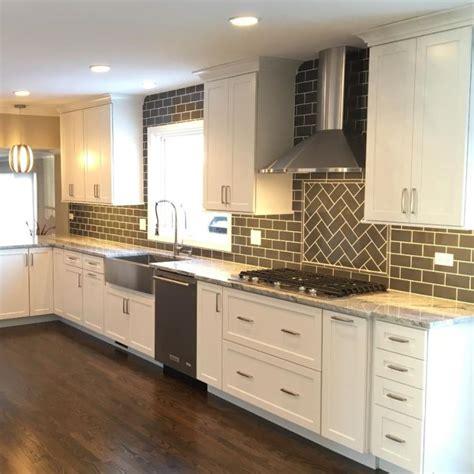 kitchen cabinets elk grove il flooring kitchen and bath cabinets 9151