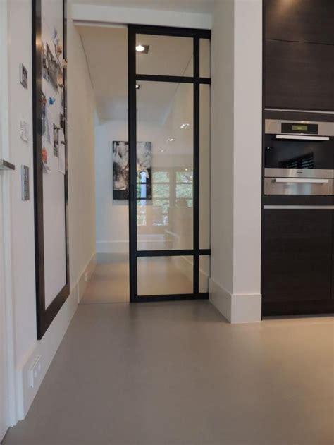 porte de cuisine coulissante les 17 meilleures idées de la catégorie porte intérieure vitrée sur verriere atelier