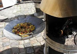 Ab Wann Steht Ein Haus Unter Denkmalschutz : ein wok in der gartenk che mit dem wok drau en im ~ Lizthompson.info Haus und Dekorationen