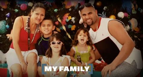 Albert Pujols With Wife And Kids The Sport And Football