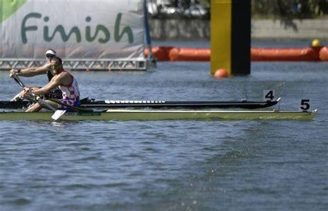 Britain, Us Take Rowing Eight Golds, Drysdale, Brennan Win