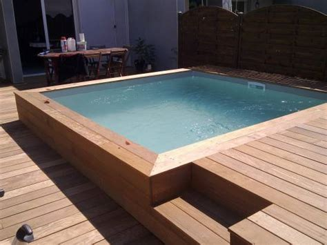 piscine hors sol bois carre piscine hors sol carr 233 avec terrasse ext 233 rieur spa patios and swimming pools