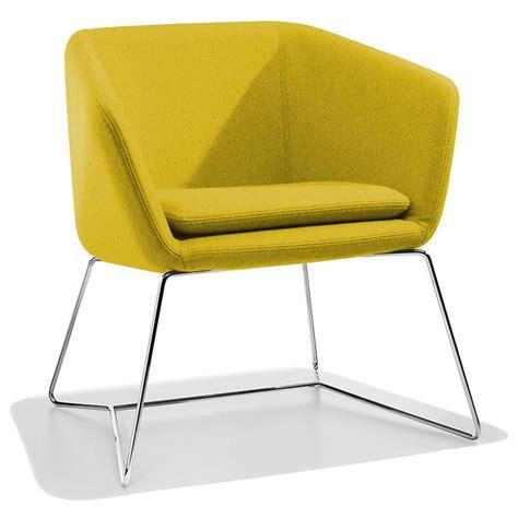 chaise de bureau orange petit fauteuil design jaune mamy sur cdc design