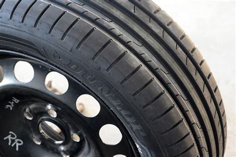 best tyres for sports cars dunlop sport bluresponse tyre review tyre reviews best