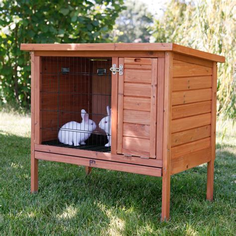 a rabbit hutch prevue pet rabbit hutch rabbit cages hutches at hayneedle