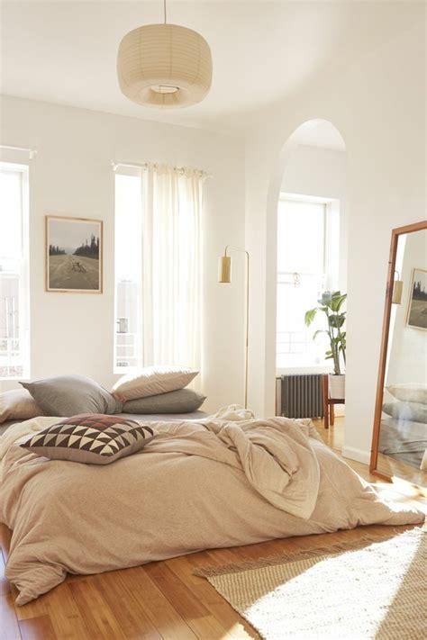 inspirations pour une decoration chambre adulte cosy  design