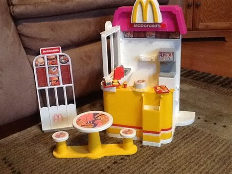 Barbie doll McDonalds fast food play set, with Ronald's