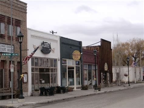 fairfield id store fronts  main street  downtown