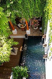 28, Mindbogglingly, Alluring, Small, Backyard, Designs, Beautified, By, Swimming, Pools